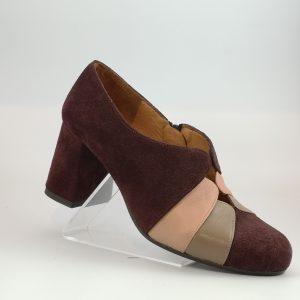 Zapato abotinado. Chie Mihara