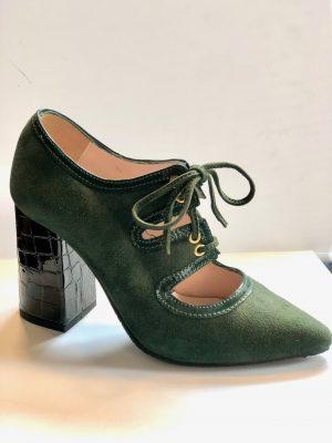 Zapato ante verde
